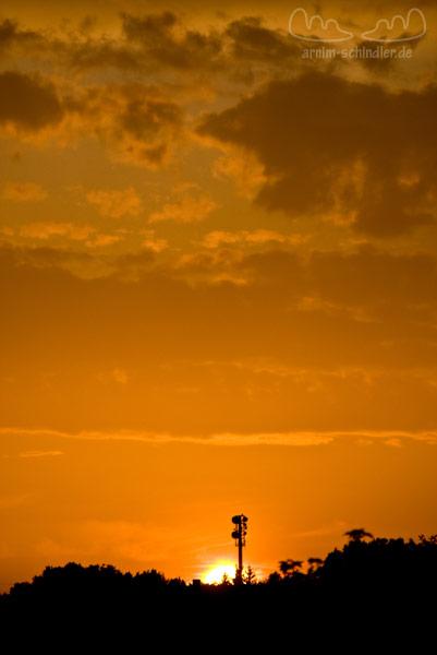 Sendemast im Sonnenuntergang
